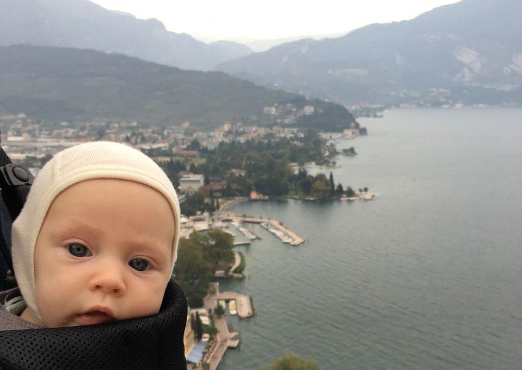 Julijos selfis užsiropščius į kalną prie Gardos
